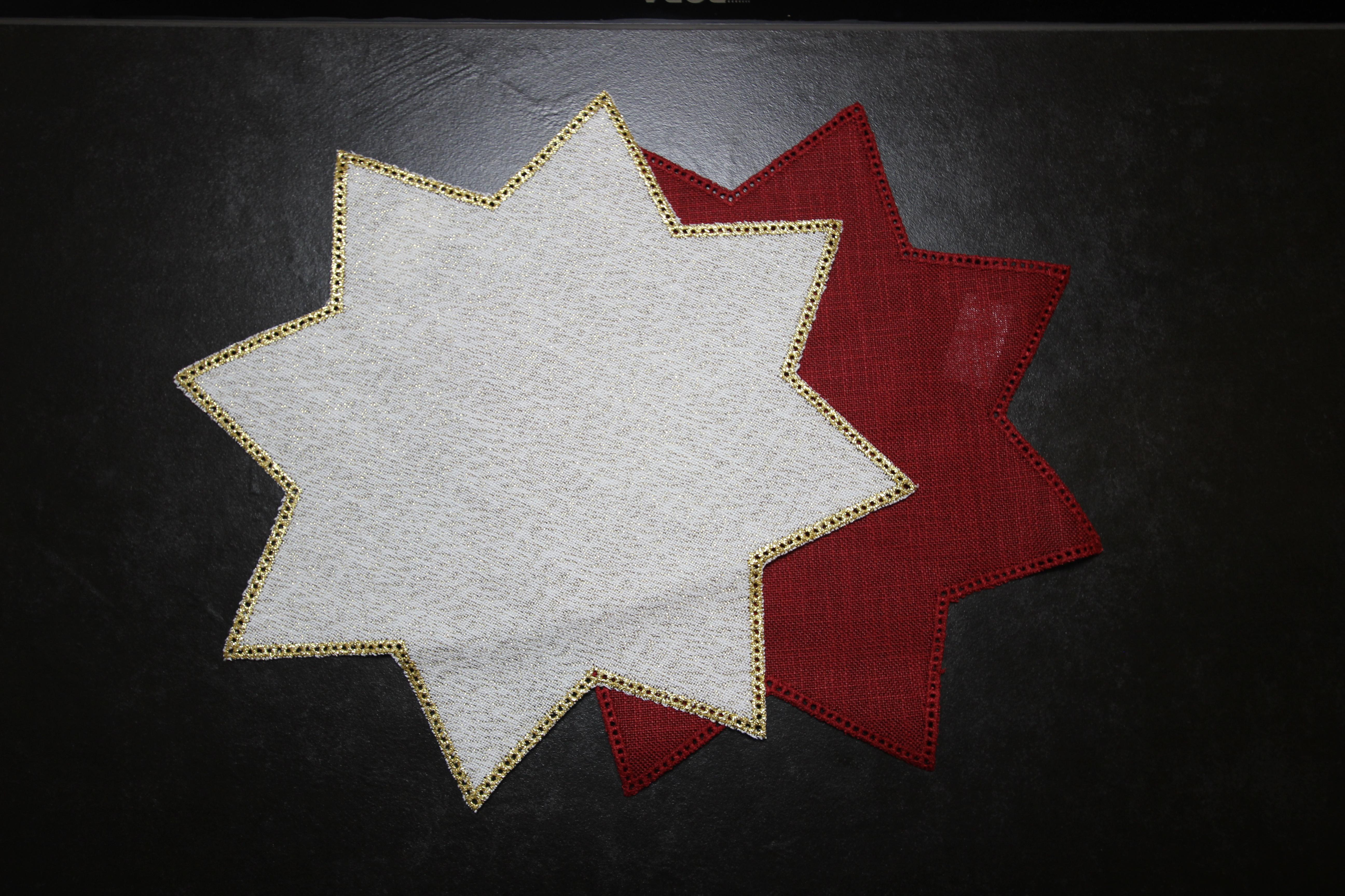 Restposten - Anhäkeldecke Stern groß - beige/gold